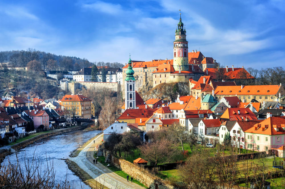 Travelling to Eastern Europe? Take road for Czech Republic! (VOL 1)